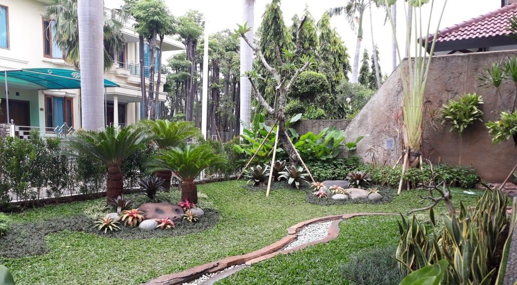 Keuntungan Menggunakan Jasa Pembuatan Taman Surabaya